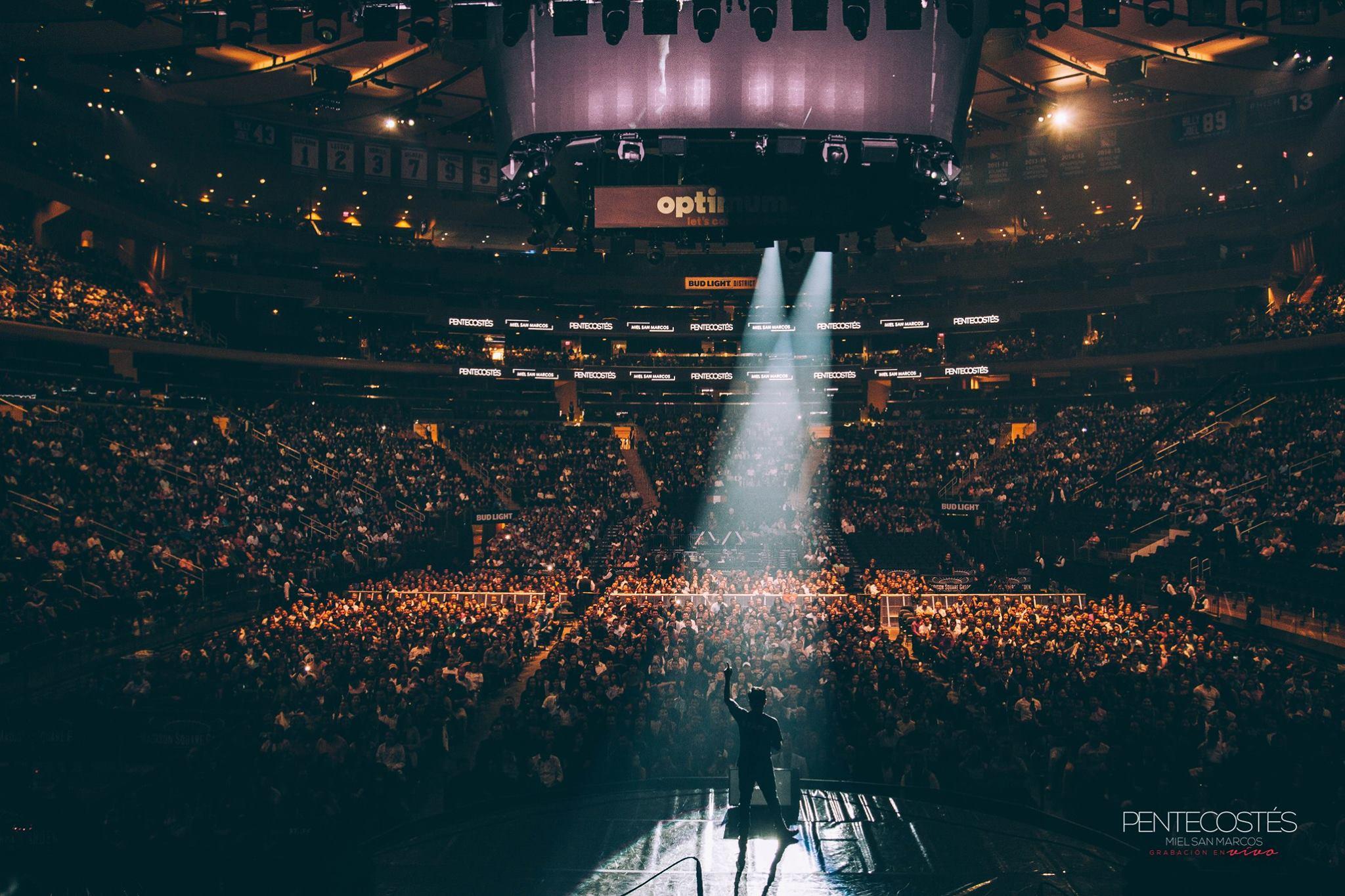 Gape En La Radio Tv Miel San Marcos Hizo Historia En El Madison Square Garden